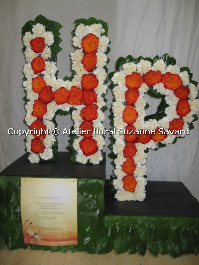 custom funeral flowers - FN1286 CD $0